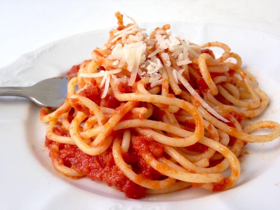 רוטב העגבניות המושלם של מרצ'לה חזן