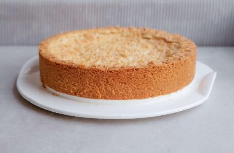 עוגת גבינה פירורים אפויה