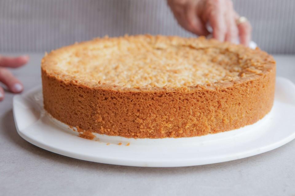 עוגת גבינה פירורים אפויה. אלגנטיות במינימום מאמץ. צילומים: אביב שקורי